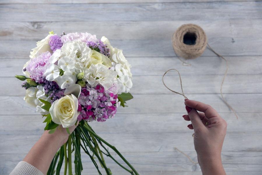 Собрать букеты из цветов, цветов дом